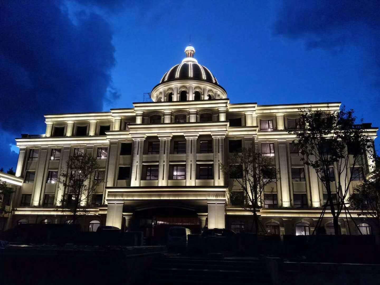 欧式酒店大楼亮化