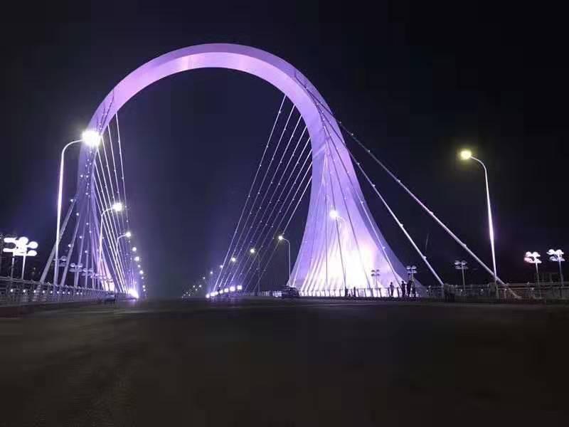 吊索桥梁亮化